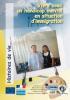 """Couverture de l'ouvrage """"Vivre avec un handicap mental en situation d'immigration"""", illustrée par une photo d'une famille."""