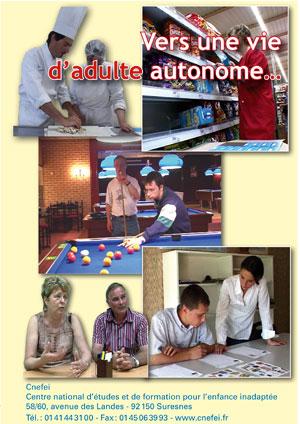 """Jaquette du film """"Vers une vie d'adulte autonome"""" illustrée par cinq photos de personnes au travail ou en établissement"""